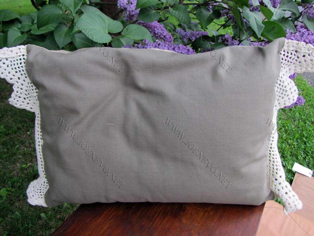 Antique Beautiful Arts & Crafts Pillow  |  W3283
