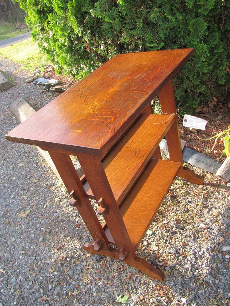 Superb Antique Roycroft Bookstand / End Table | W3343