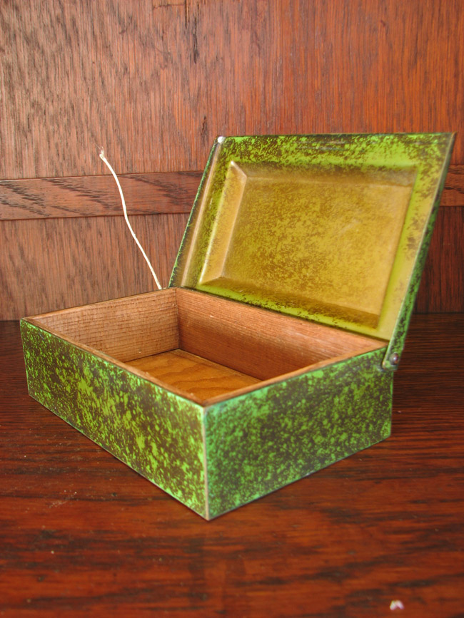 Heintz  Lidded Box  |  FF456