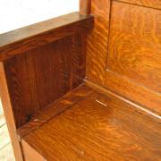 Quarter Oak Hall Seat F204