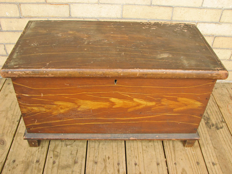 Grain Painted  Small Blanket Chest F27