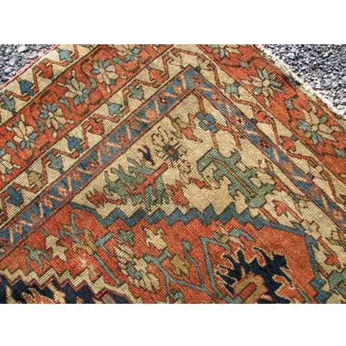Antique Persian Karajeh Serapi  |  R9139
