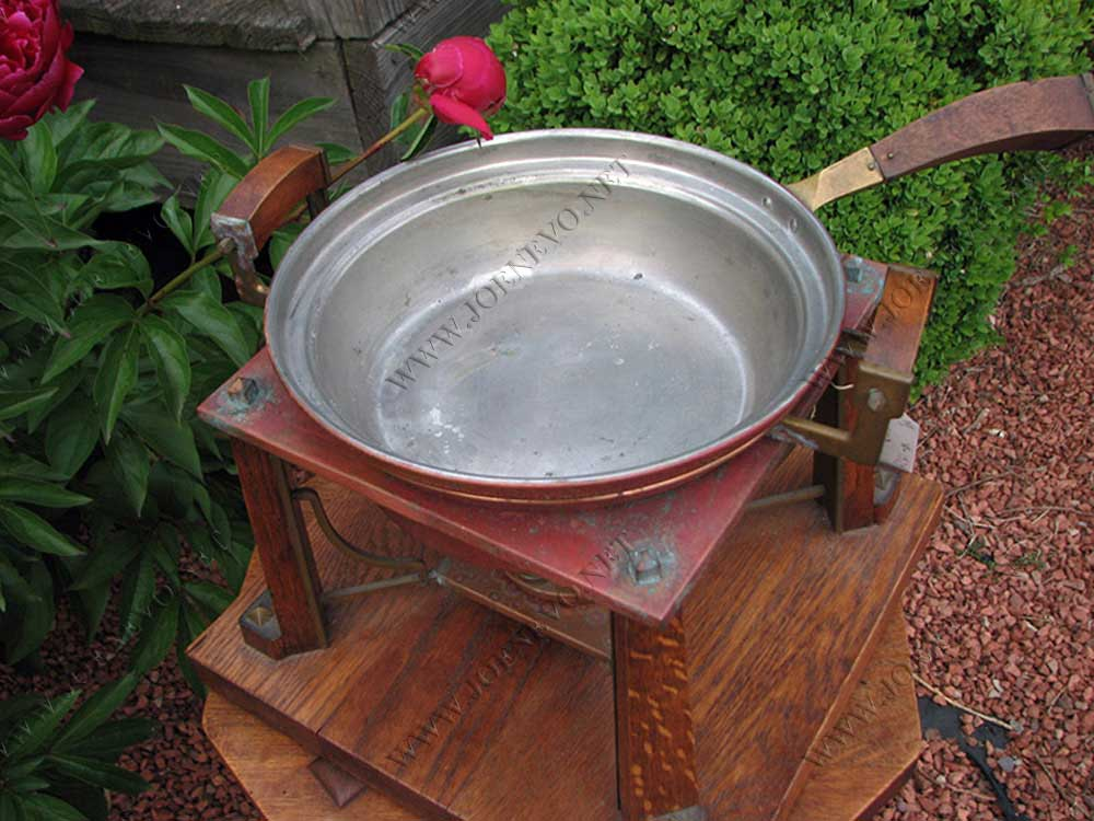 Great  Mission  Arts&crafts  Chafing  Dish  |  W1929
