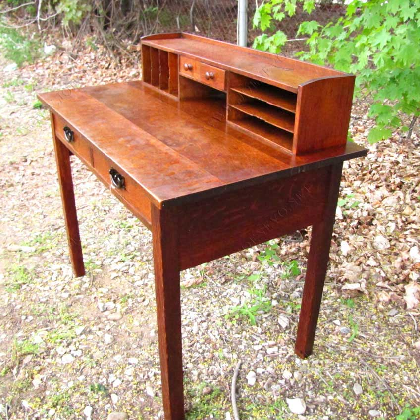 Superb Antique  Gustav Stickley  Desk  |  w3164