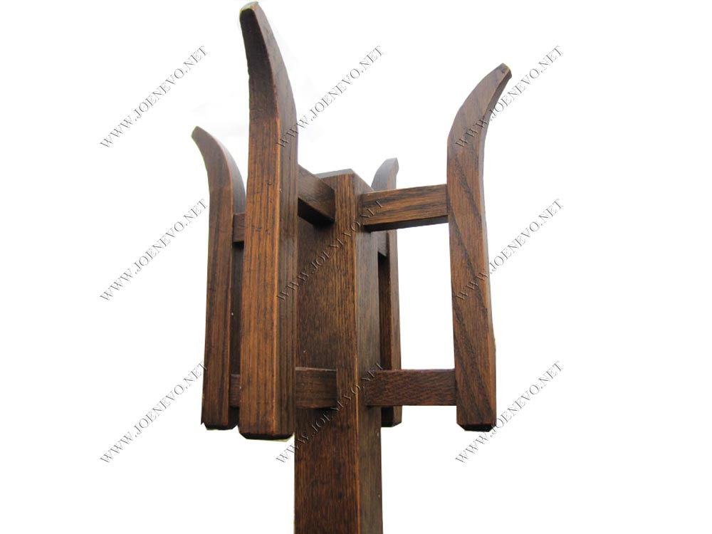 Antique  A&c  Coat Hanger Costumer  |  W2832