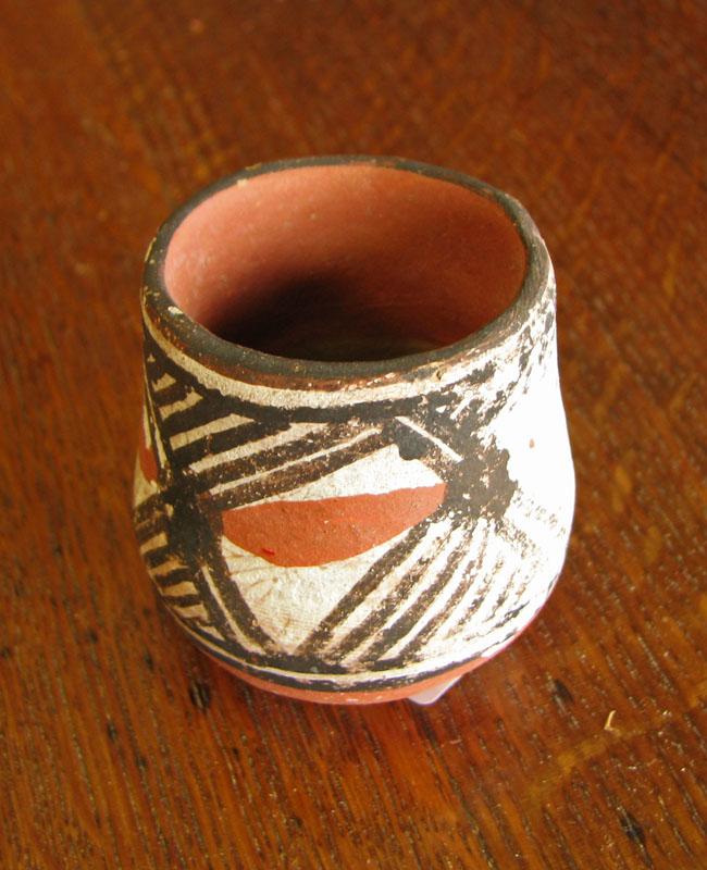 Native American  Ceramic Vessels  |  F8189