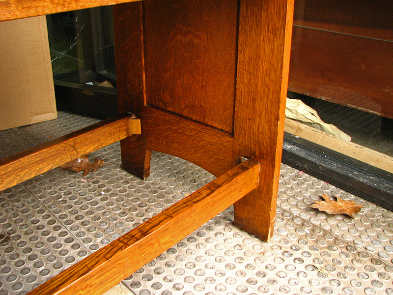 Rare L&jg Stickley  Linen Shelf  |  F854