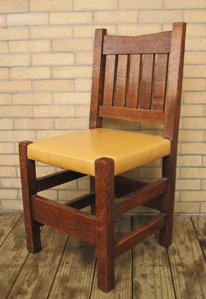 Arts & Crafts  V-back Chairs  |  FF629