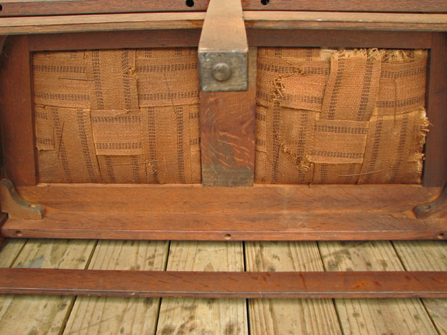 L&jg Stickley Even Arm Settle W175