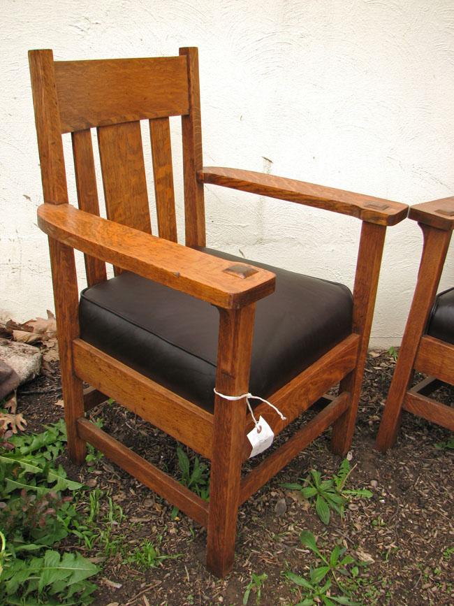 Arts & Crafts Armchair & Settee F7017