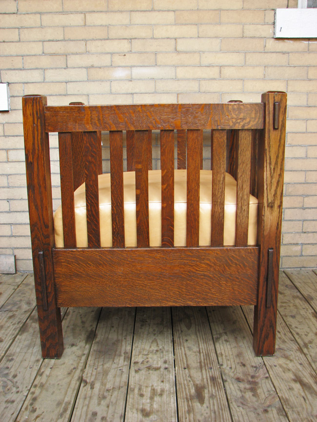 Arts & Crafts Settle & Chair F9736