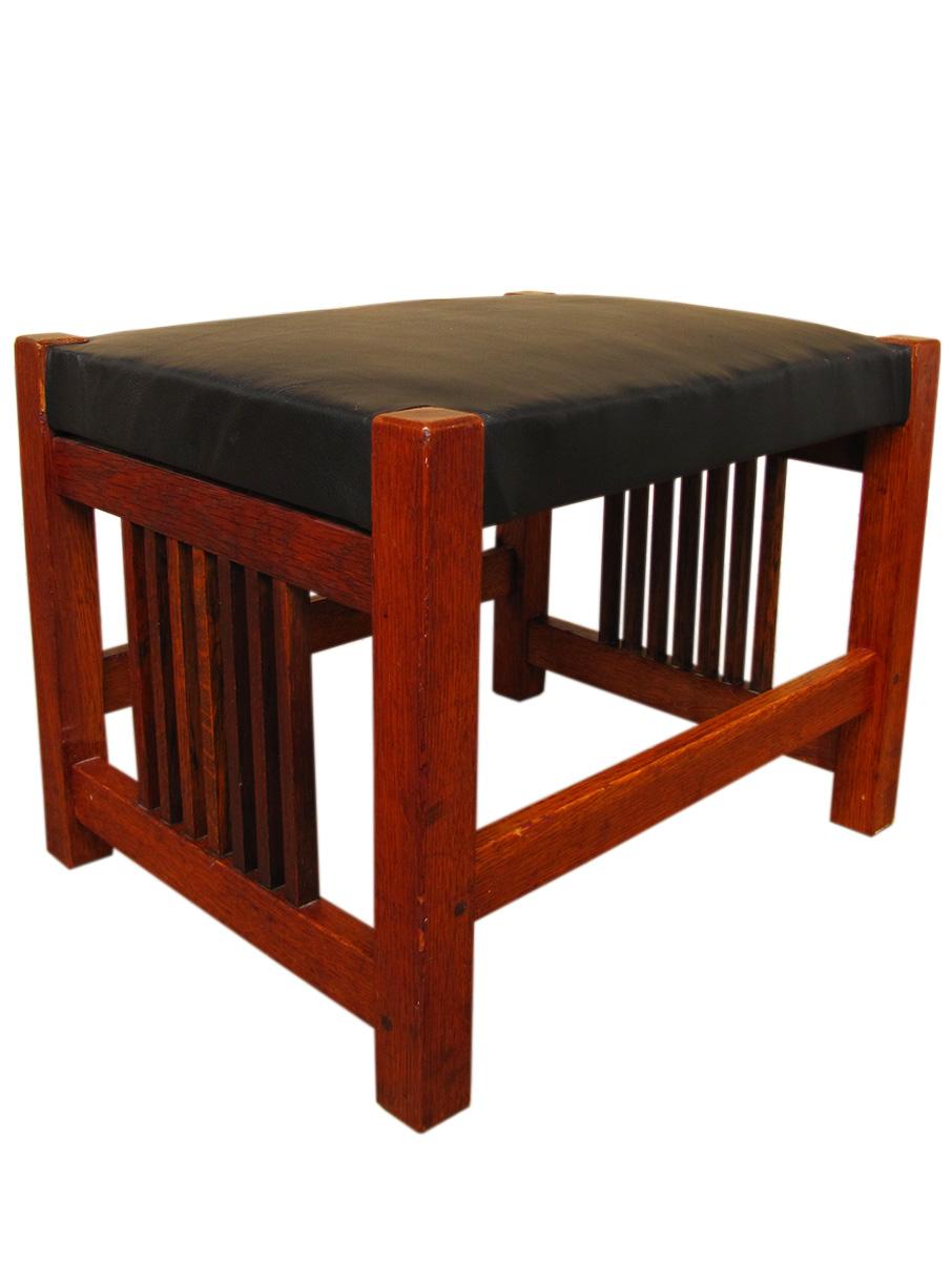 Gustav Stickley Spindled Footstool W1824 Joenevo
