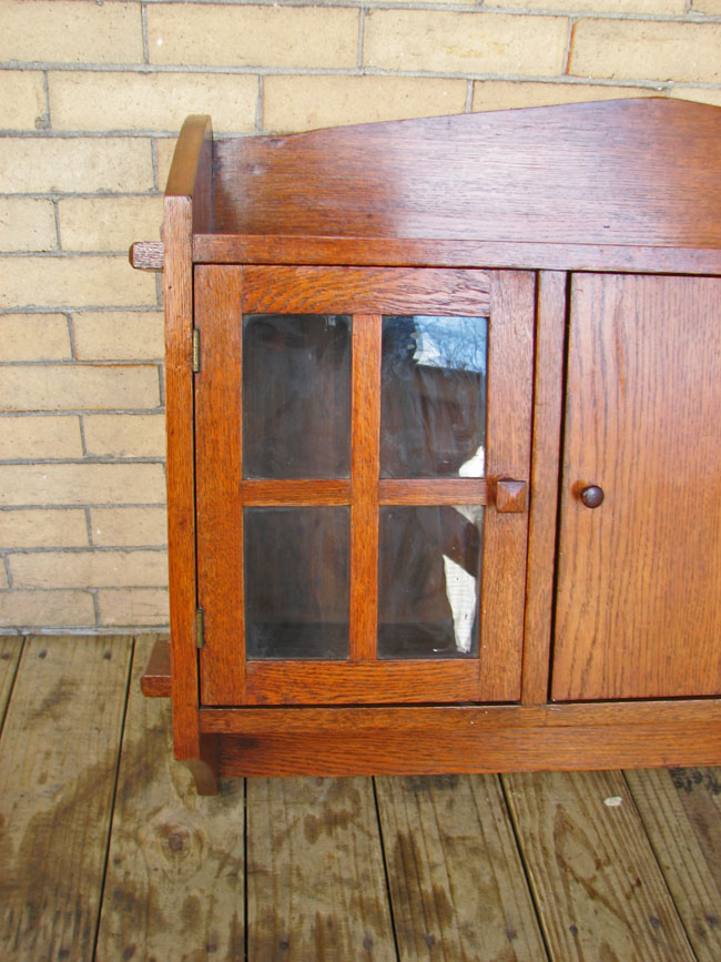 Arts & Crafts Wall Cabinet F9448