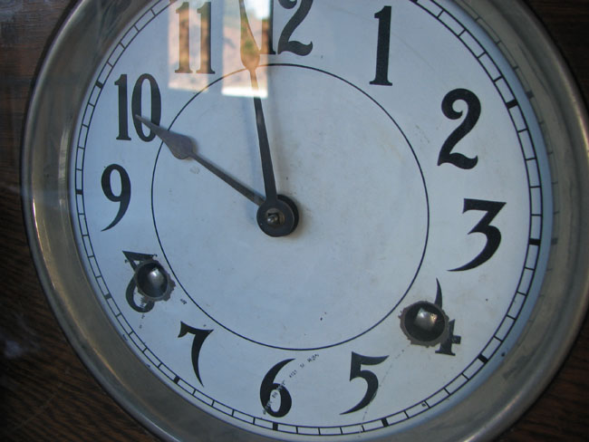 Arts & Crafts  Time Clock F9635