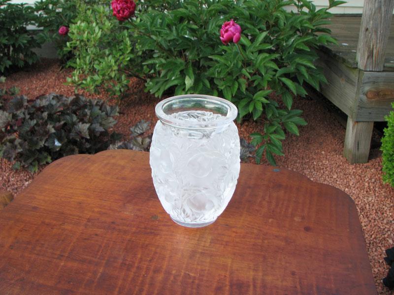 Superb Lalique Vase I1062 Joenevo