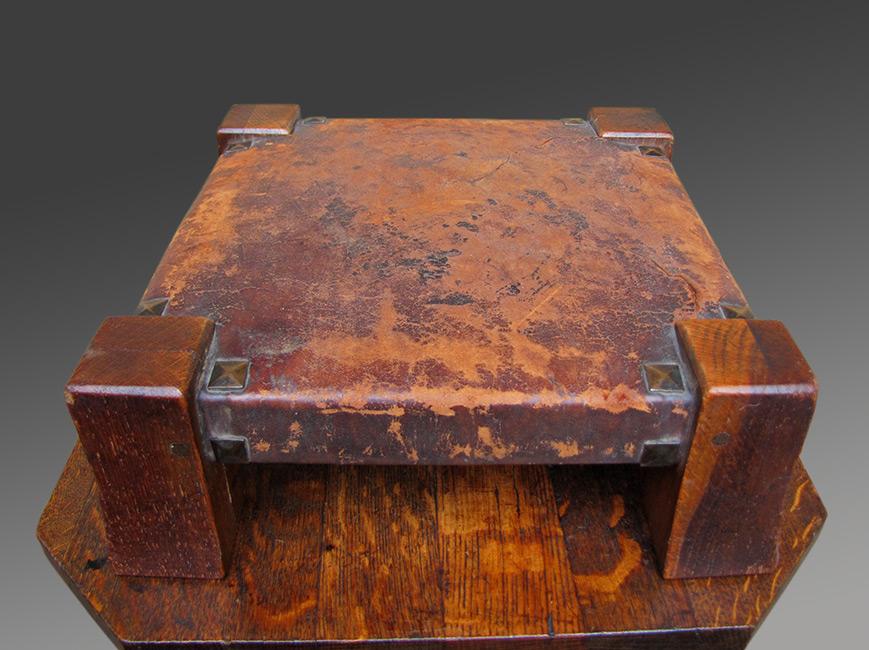 Home » Shop » Antique Furniture » Footstools » Antique Nice Gustav Stickley  Foot Rest Monk Foot Stool | w1297 - Antique Nice Gustav Stickley Foot Rest Monk Foot Stool W1297