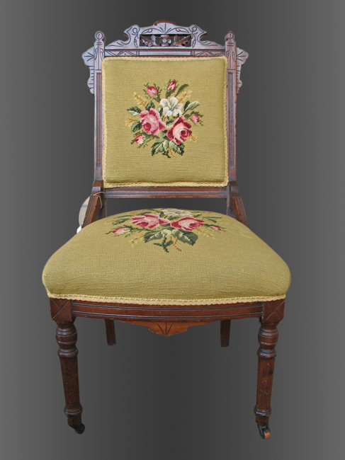 Antique Nice Three Victorian Chairs In Very Good Condition