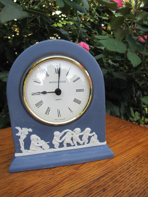 Vintage Nice Wedgwood Table Clock W1939 Joenevo