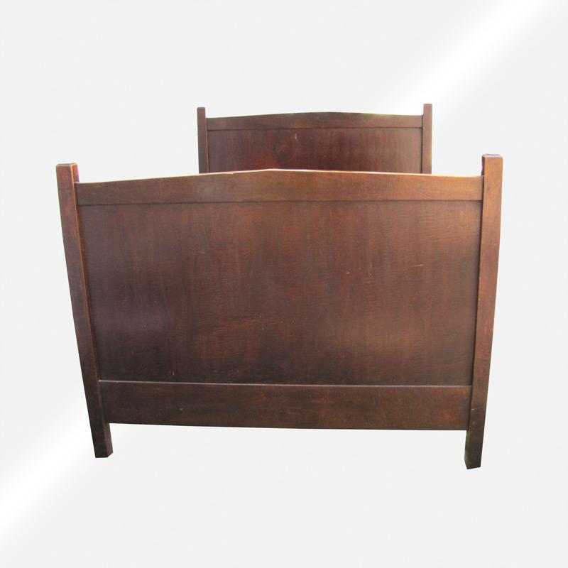 Superb Arts & Crafts Early Gustav Stickley Bed w5282 - joenevo